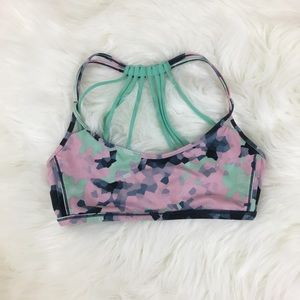 Lululemon Lighten Up Bra Sz 6 Clouded Dreams
